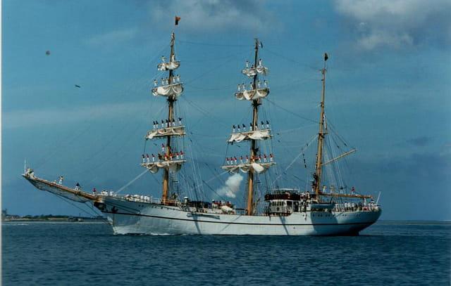 navire école GUAYAS