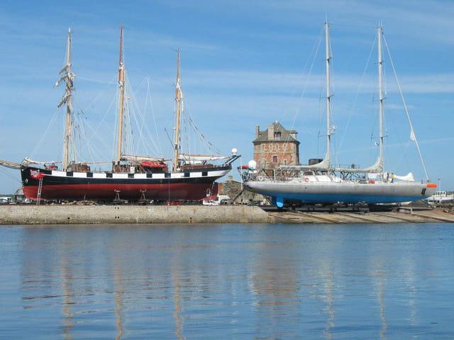 Navires explorateurs à Camaret