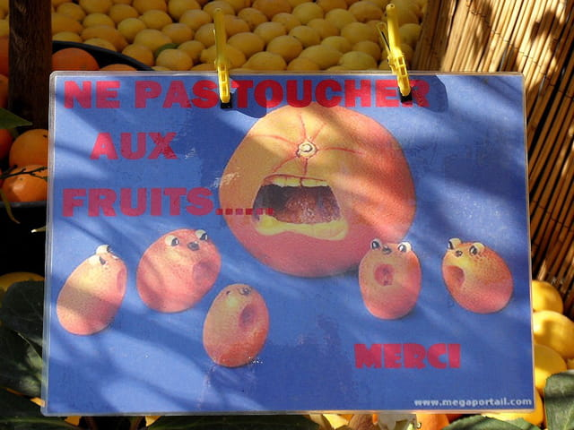Ne pas toucher aux fruits (1)