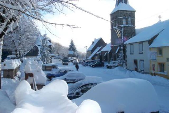 Neige au village