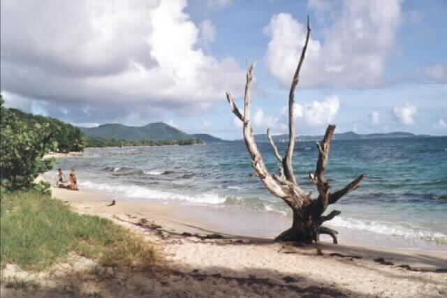 Nuages et plage