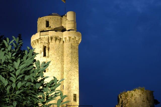 Nuit sur la tour