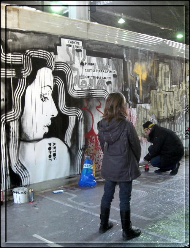 Observer la création en cours du graffeur