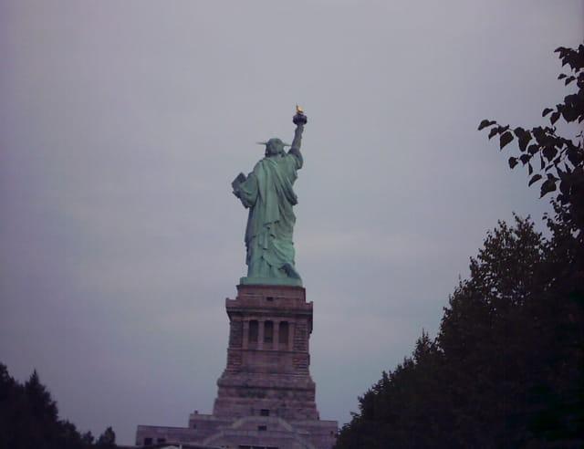 Oh! une statue de dos