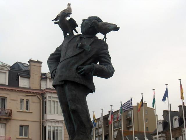 Oiseau Hitchcock