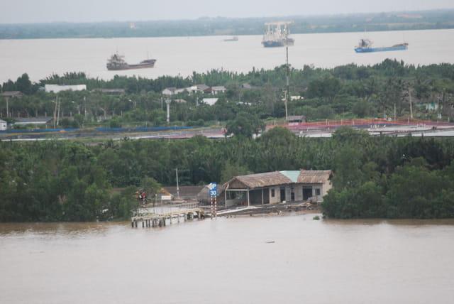 on approche d'Ho Chi Minh Ville