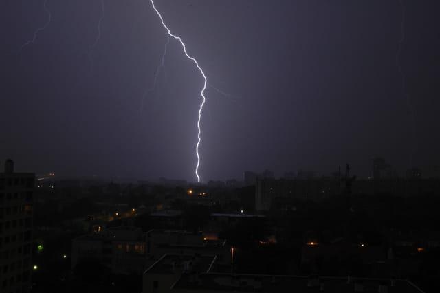 Orage sur la ville