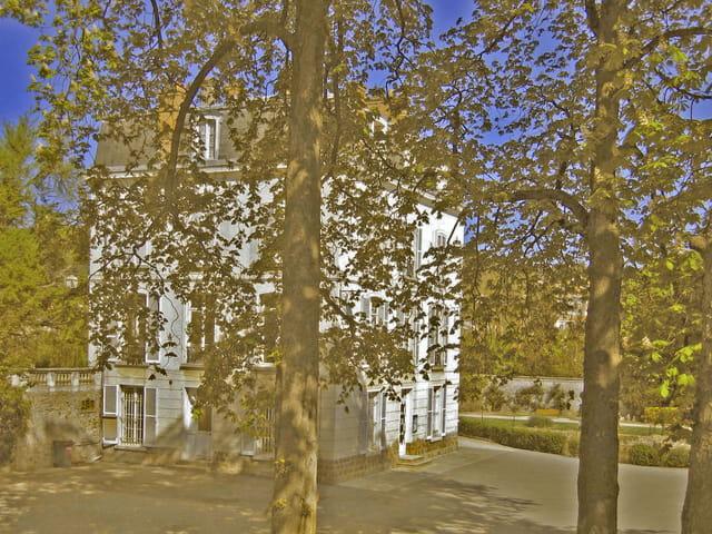 Orsay, château parc Cambridge sud ouest