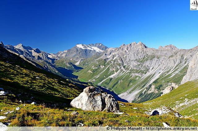 Panorama sur la vallée de Chavière (Vanoise)