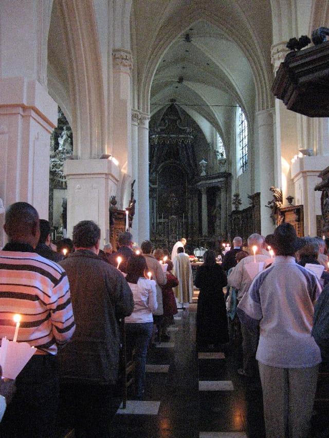 Pâques à l'église