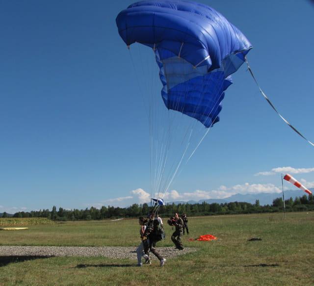Parachutisme - Saut tandem.