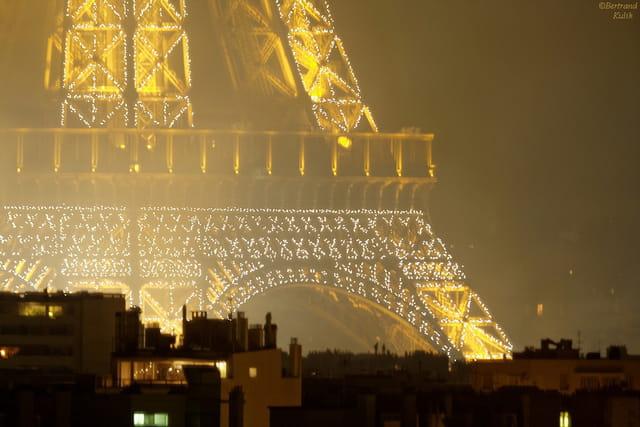 Paris brumeux