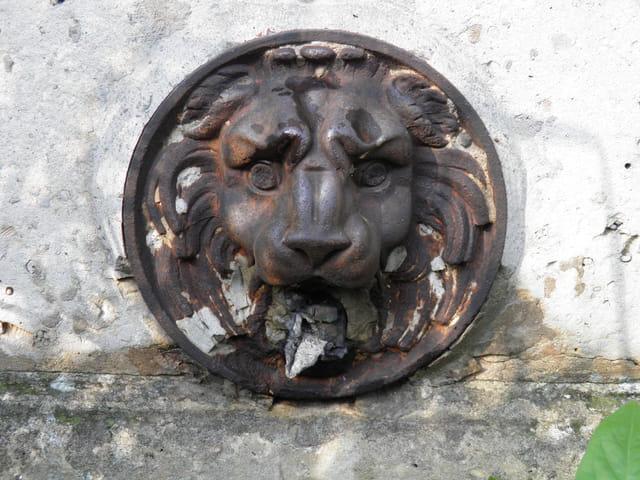 Partrimoine alpicois : la seconde fontaine royale (2)