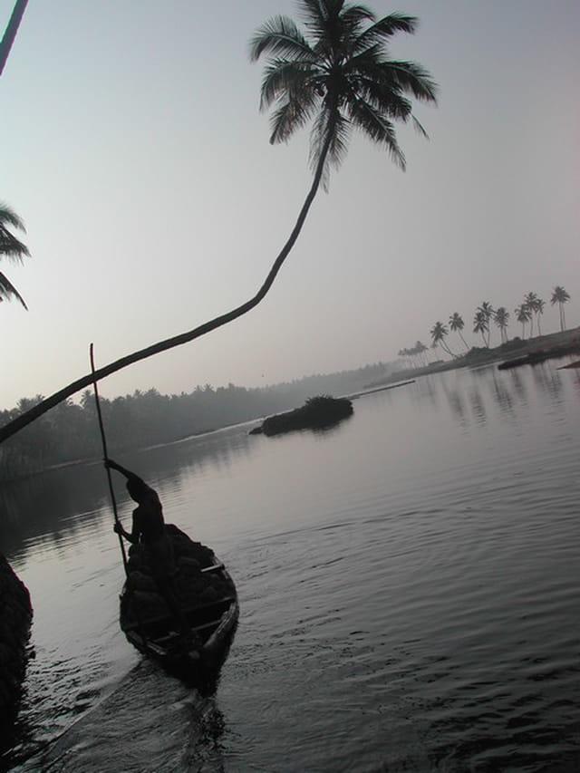 Pêcheur du lagon