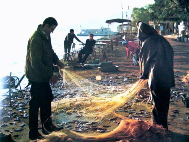 Pêcheurs au bord du lac de Tibériade