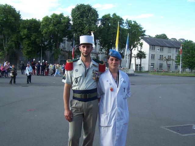 Pélerinage militaire de LOURDES - Soldats - Union européenne.