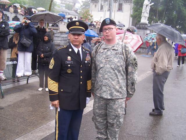 Pélerinage militaire de LOURDES - Soldats US Army.