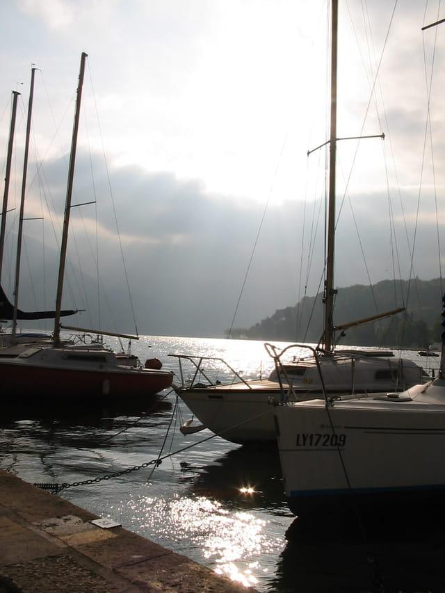 Petit matin au port d'Annecy