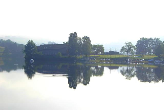 Petit matin sur le lac