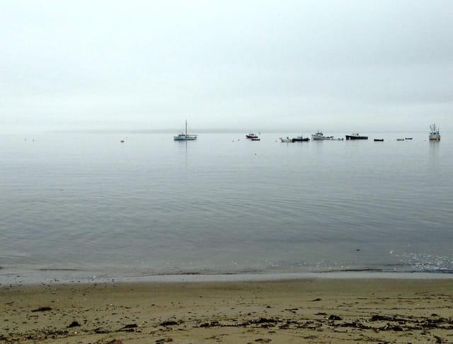 Petit port tranquille de la côte est américaine