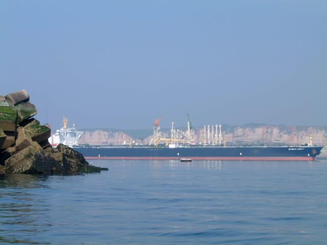 Petrolier a quai