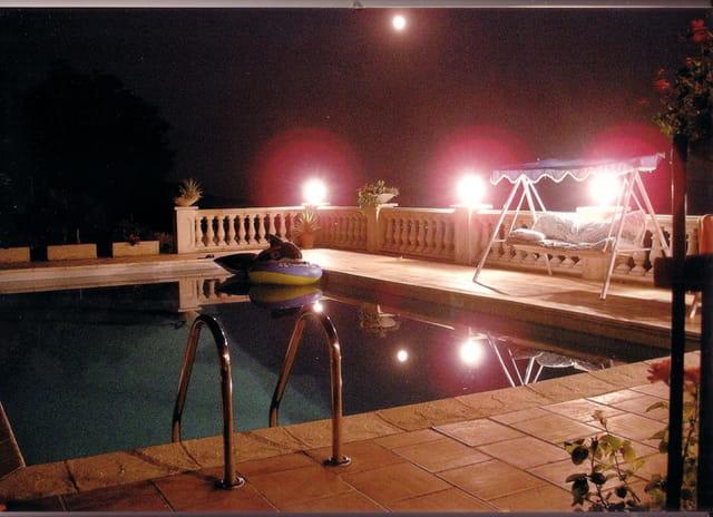 piscine au clair de lune
