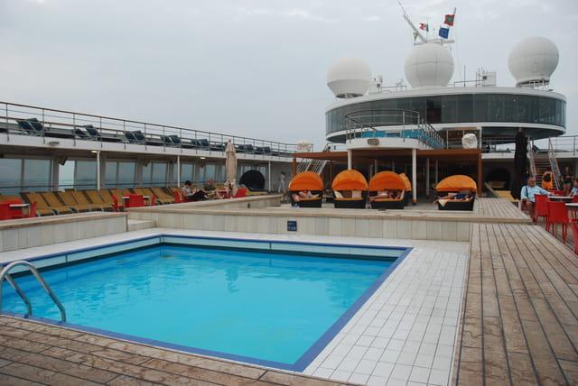 piscine sur le Costa Classica