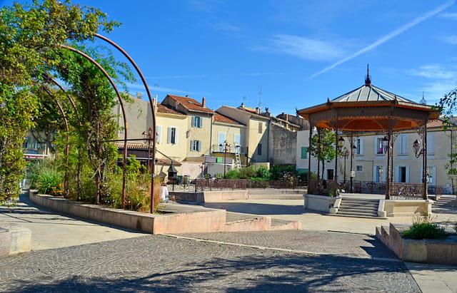 Place des Martyrs de la Résistance, Salon-de-Provence