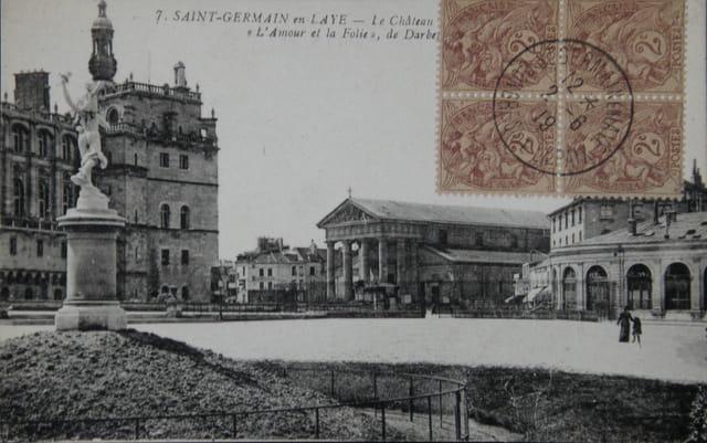 Place du Château, fin du XIXème siècle