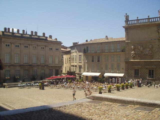 Place du palais des papes