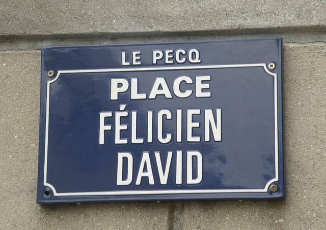 Place Félicien David, au Pecq