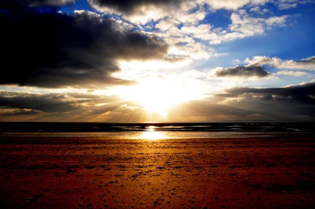 Plage au coucher du soleil par anne sayen sur l 39 internaute - Office du tourisme de barneville carteret ...