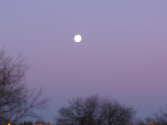 Pleine lune en plein jour