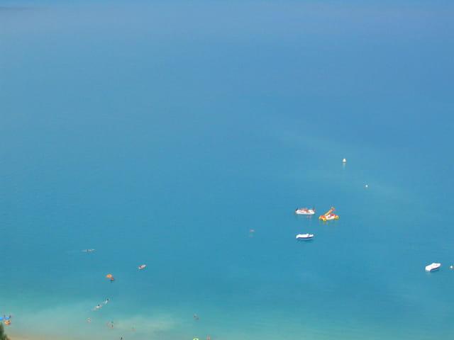 Plus bleu que la mer