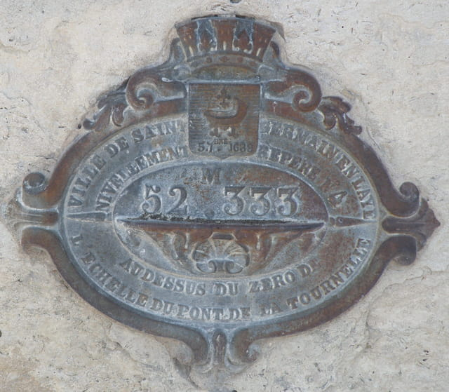Point géodésique, escalier des Grottes, St Germain-en-Laye