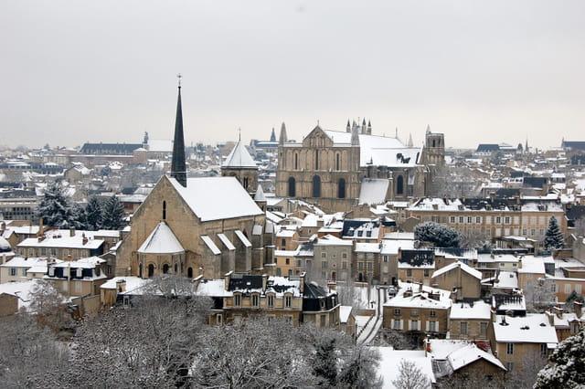 Poitiers , le temps de la neige