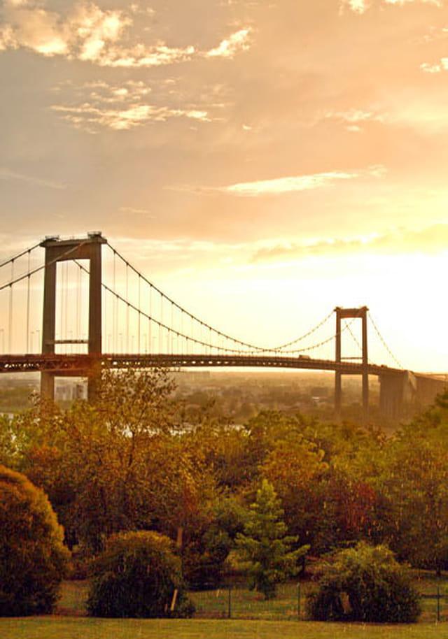 pont d 39 aquitaine depuis lormont par ville de lormont sur l. Black Bedroom Furniture Sets. Home Design Ideas