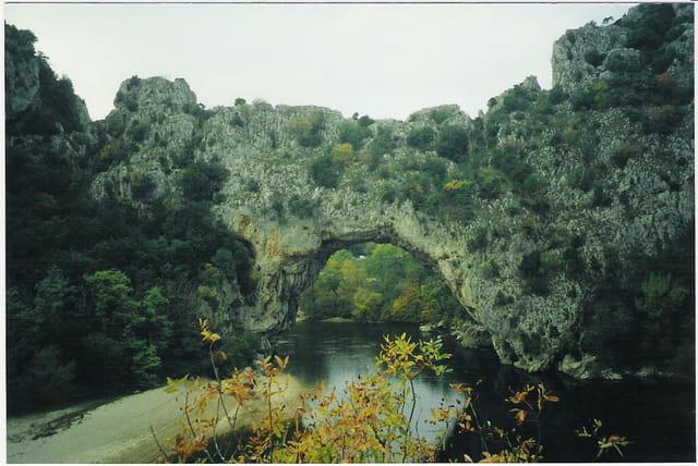 Pont de l\'Arc dans l\'Ardèche
