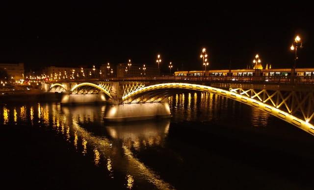 pont Marguerite, nocturne