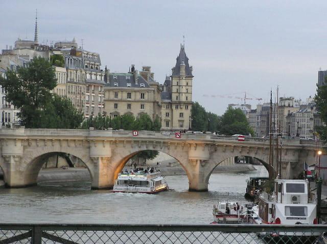 Pont neuf rive gauche