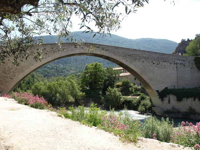 Pont roman, Nyons