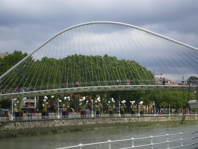 Pont Zubizuri