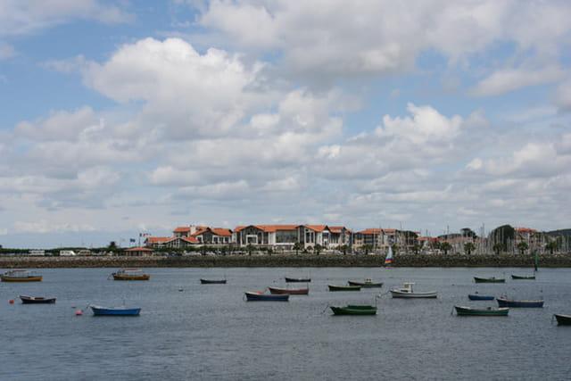 Port de hendaye vu de fontarabie