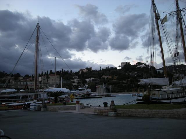 Port de Saint Jean Cap Ferrat en hiver