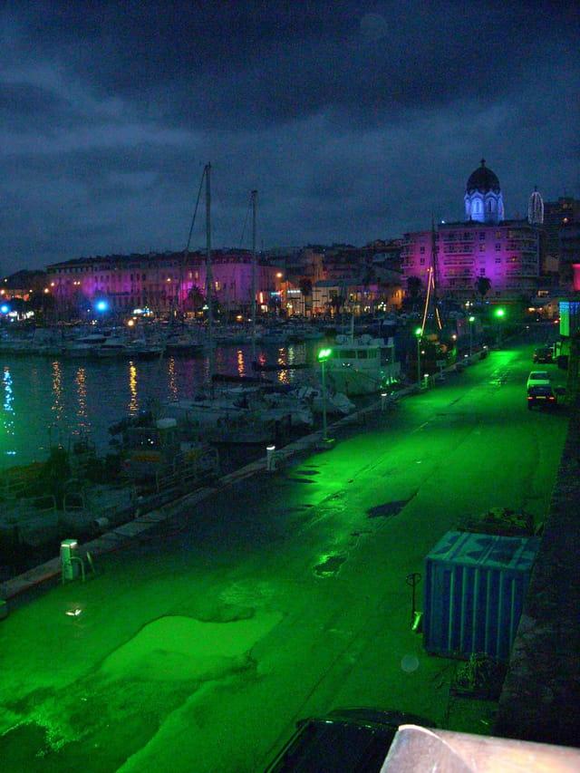 Port de st raphael la nuit