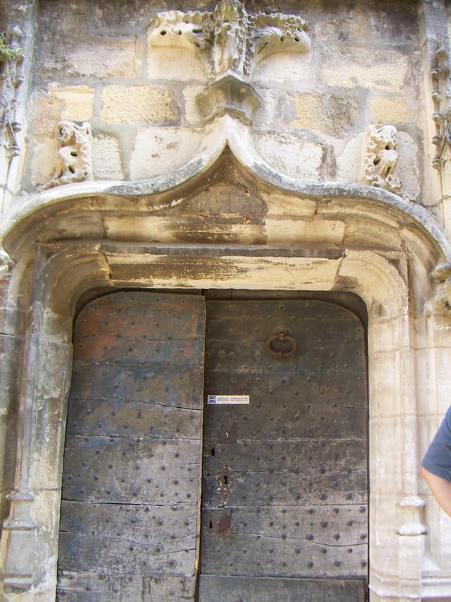 Portail hôtel de Grezel
