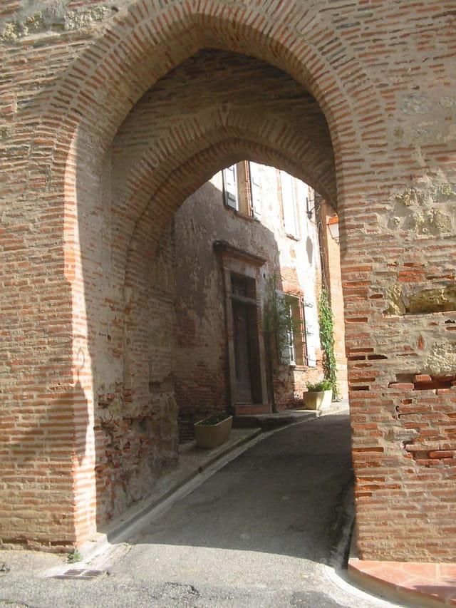 Porte à Clermont