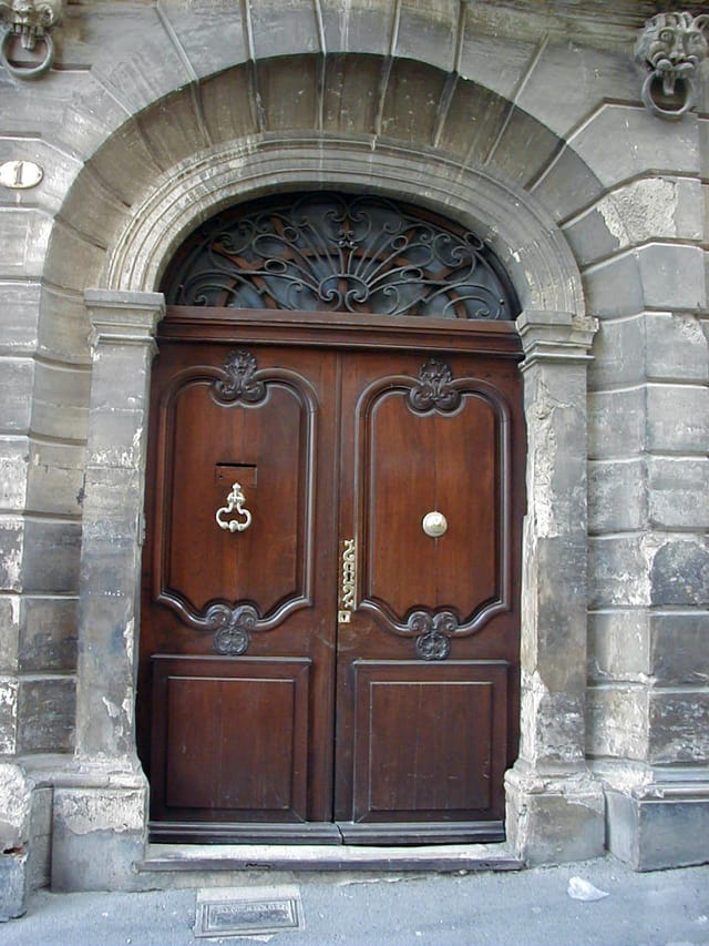 Porte à Pézenas