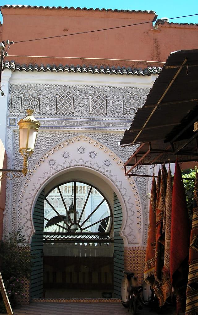 Porte arrière d'une mosquée