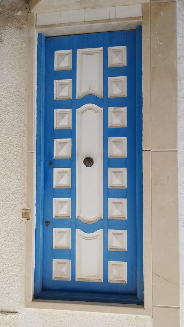 Porte d' entree maison de la médina Mahdia Tunisie